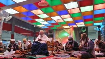 'সুন্নাত তরীকা অনুযায়ী আমল করে করে আল্লাহ্ ওয়ালা বান্দা হওয়ার জন্যই ছারছীনা'