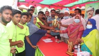 কাউখালীতে বঙ্গবন্ধু গোল্ডকাপ ফাইনাল খেলা ও পুরস্কার বিতরণী অনুষ্ঠিত