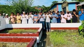 গলাচিপায় মরহুম আখম জাহাঙ্গীর হোসাইন (সাবেক এমপি)র কবর জিয়ারত করলেন উপজেলা আওয়ামী লীগের নব নির্বাচিত নেতাকর্মীরা